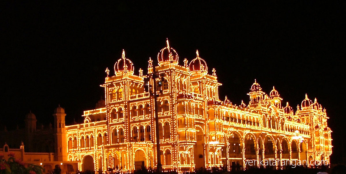 Main Palace glowing with Lights
