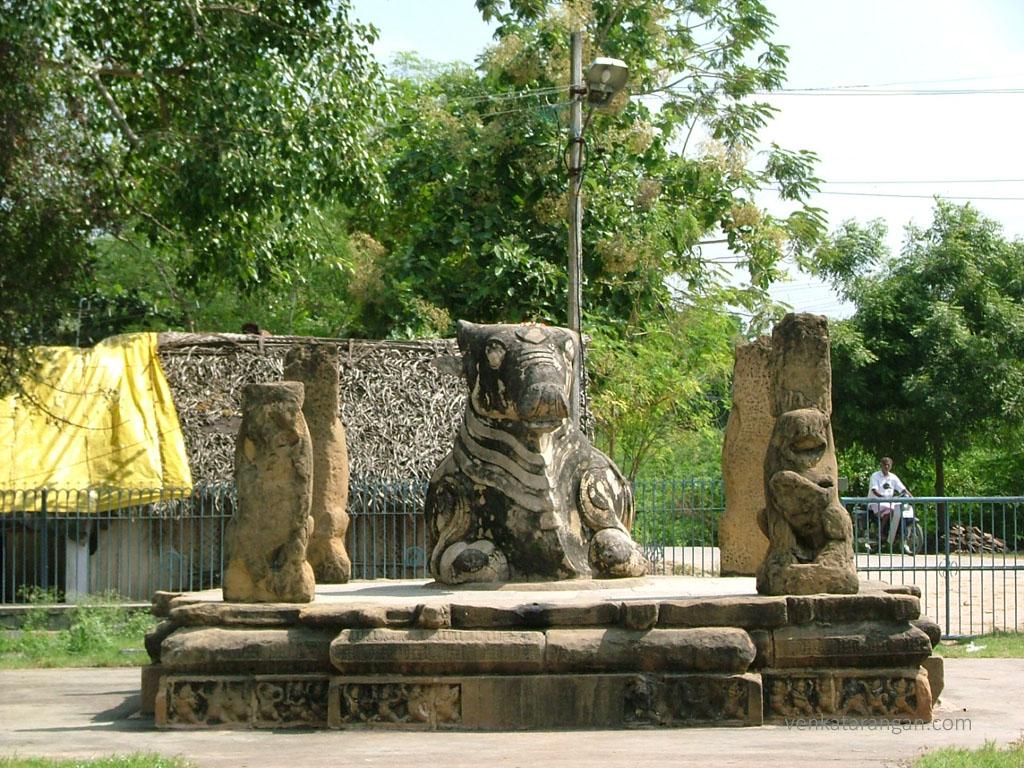 Kanchi-Kailasanathar-Temple125