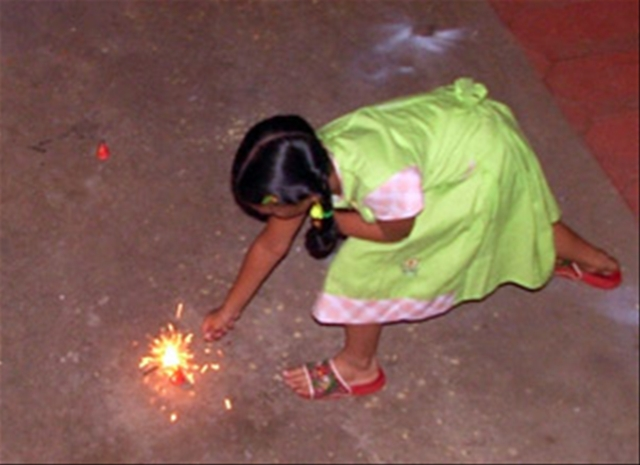 Flower Pot being lighted during Deepavali 2006