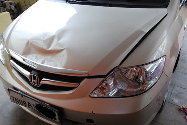 Honda-City-small-accident