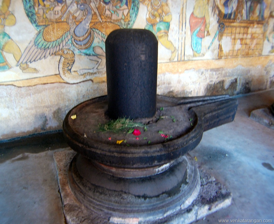 Lingam - Tanjore Big temple