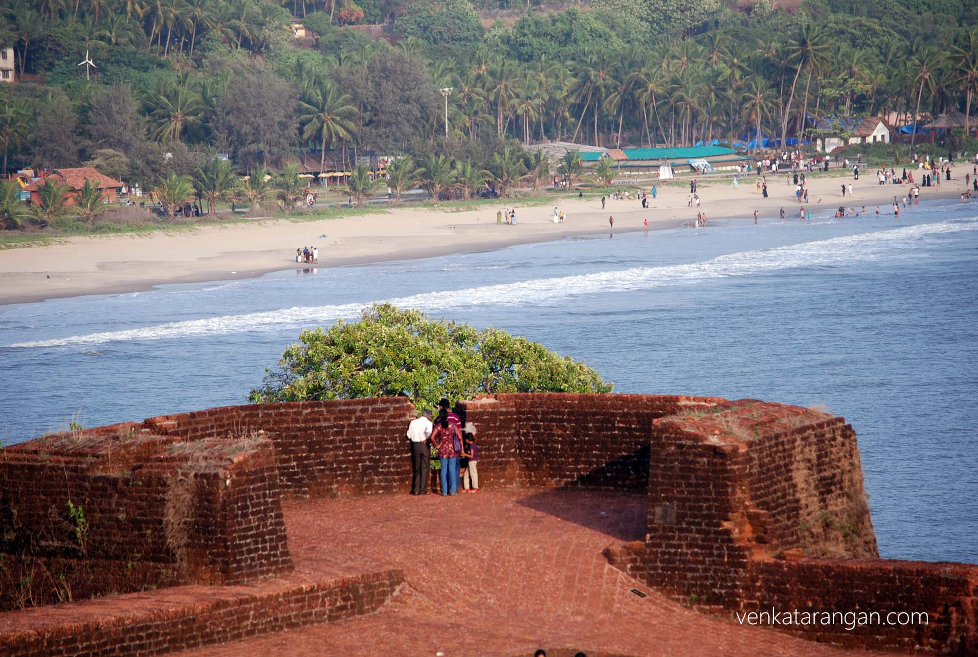 Tourists viewing from the fort