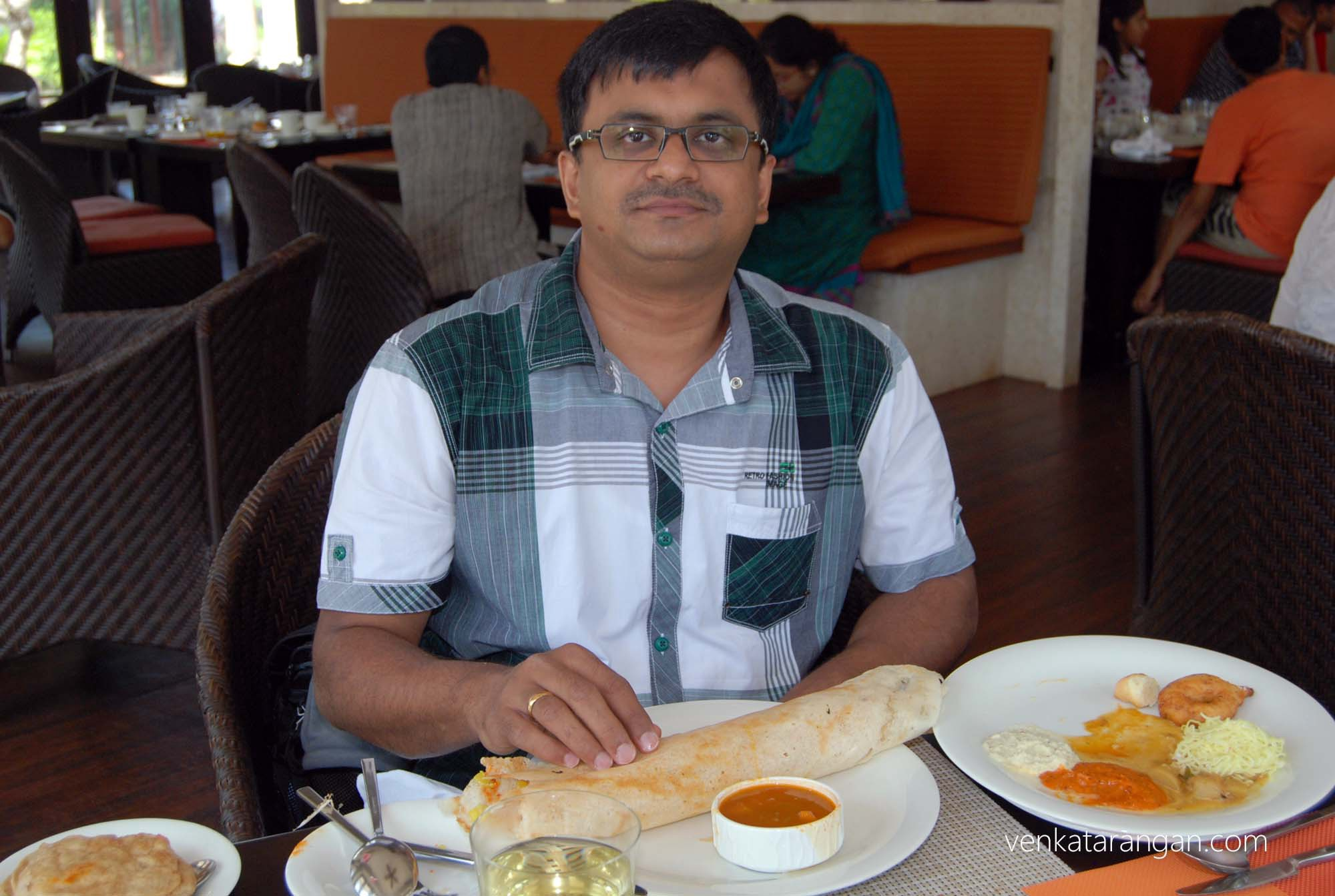 Restaurant serves tasty dosas - Udupi style