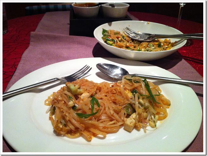 Thai-Pavillion-mango-noodles