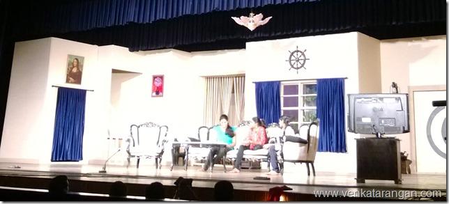 Idiyudan Koodiya Anbhu Mazhai