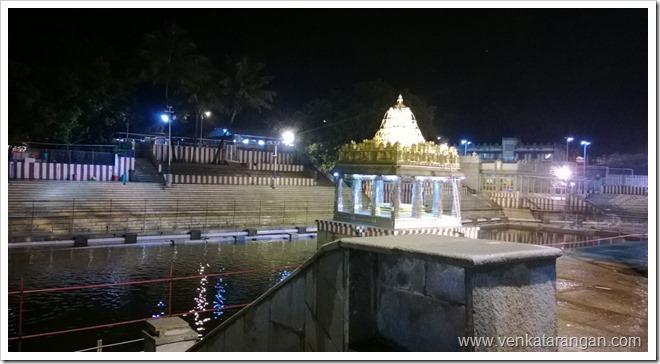 The sacred pond or Nitya Pushkarani next to the temple