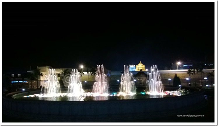 In the evenings behind the temple in Tirumala there is a musical water fountain show
