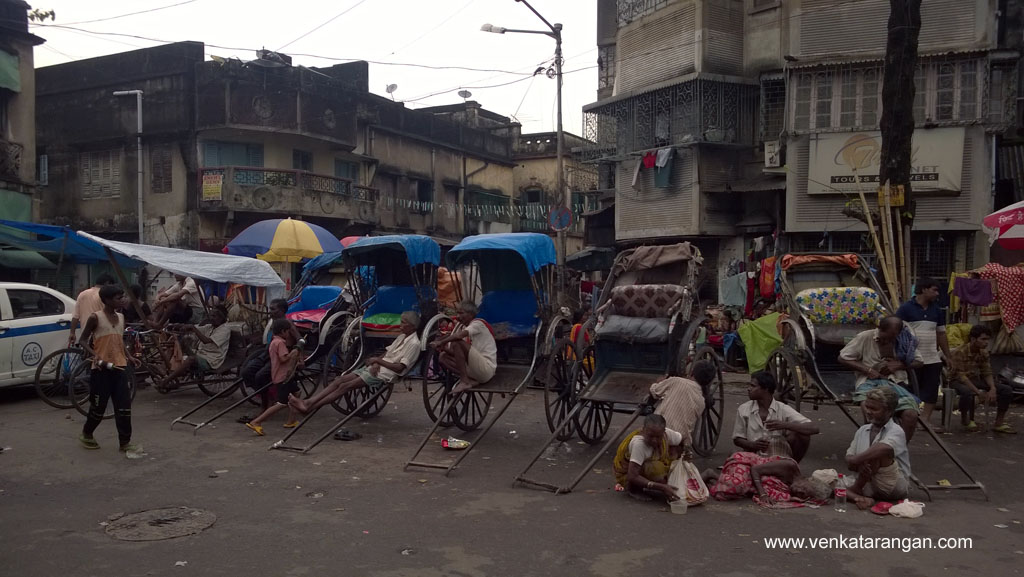 Iconic Hand-Rickshaws of Kolkata near Kali temple