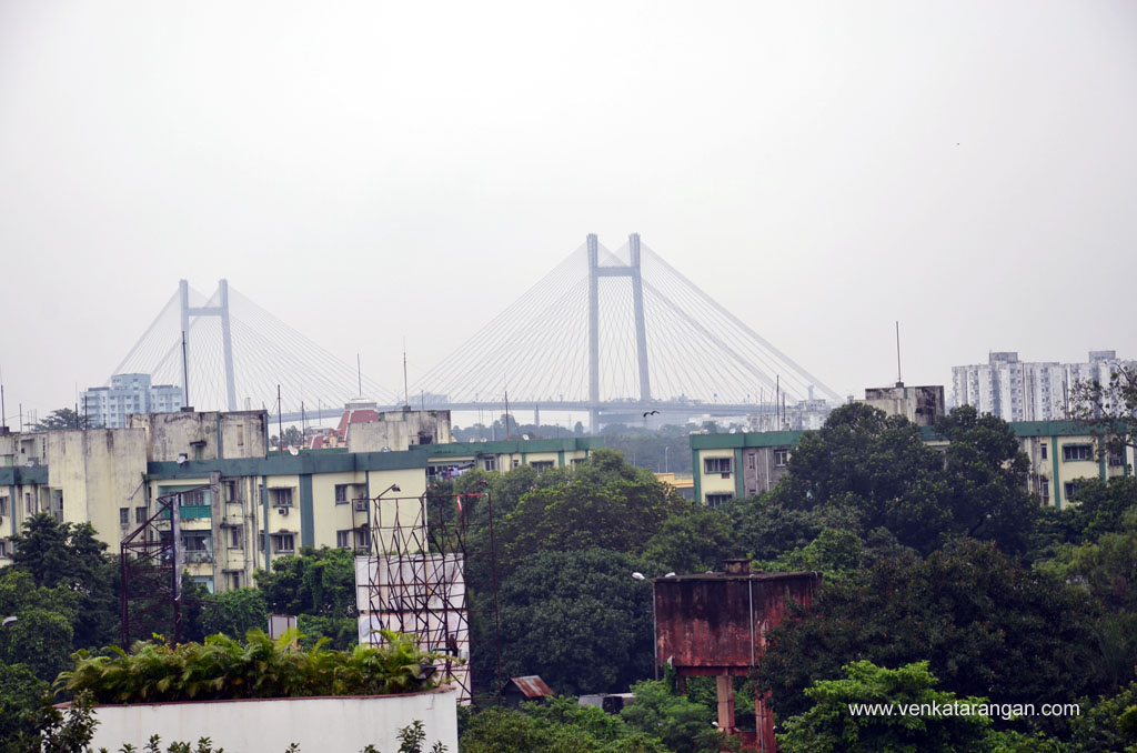View of Vidyasagar Setu from Taj Bengal