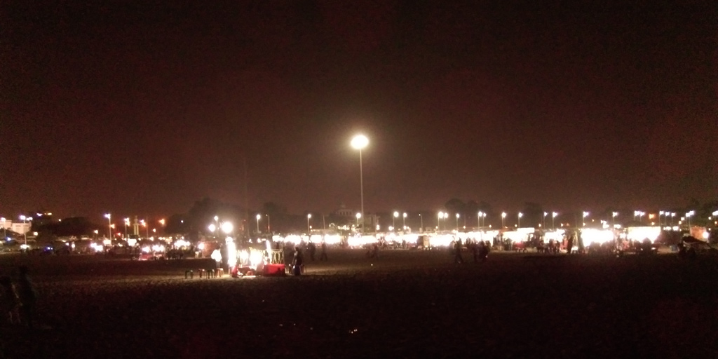 Shops selling every imaginable oil snack - Marina Beach