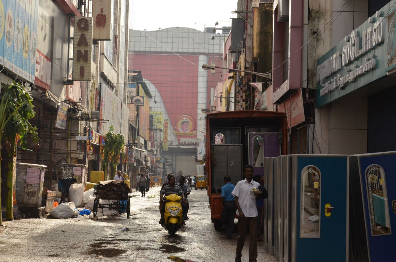 Scanner Near Me >> T.Nagar Shopping area on the day of Diwali – Venkatarangan (வெங்கடரங்கன்) blog