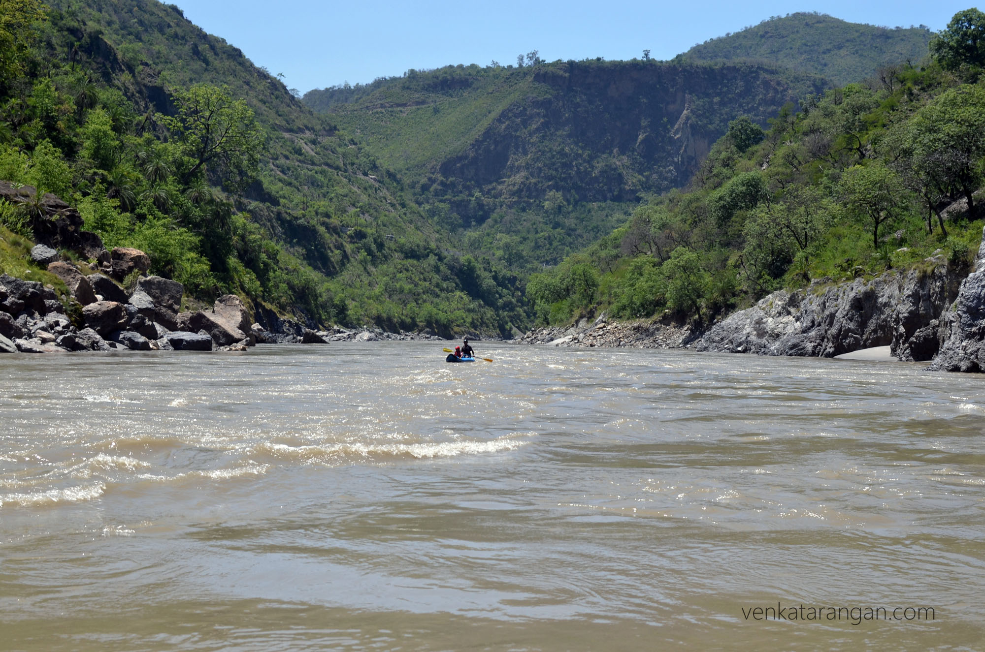 Rafting on banana boat in River Sutlej