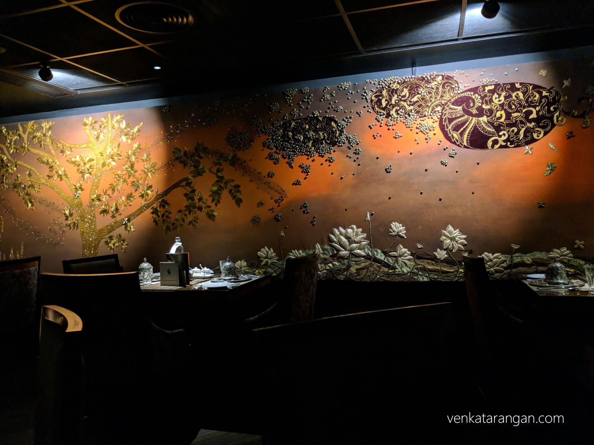 Hamsa Restaurant, Adyar - Nice interiors