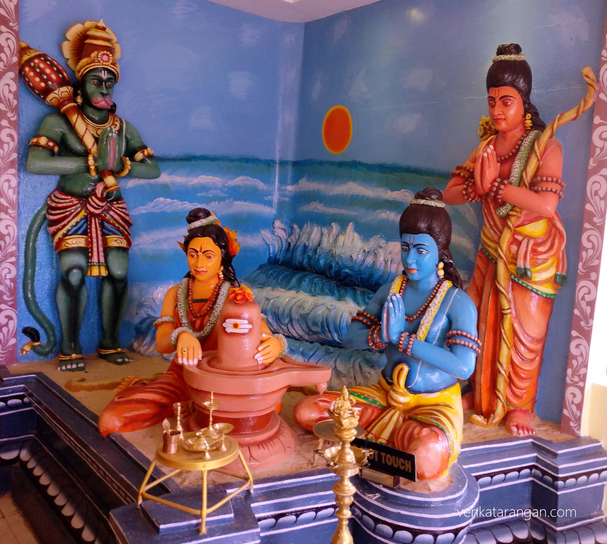 Model depicting the story behind Rameswaram - Rama & Seetha praying to Lord Siva
