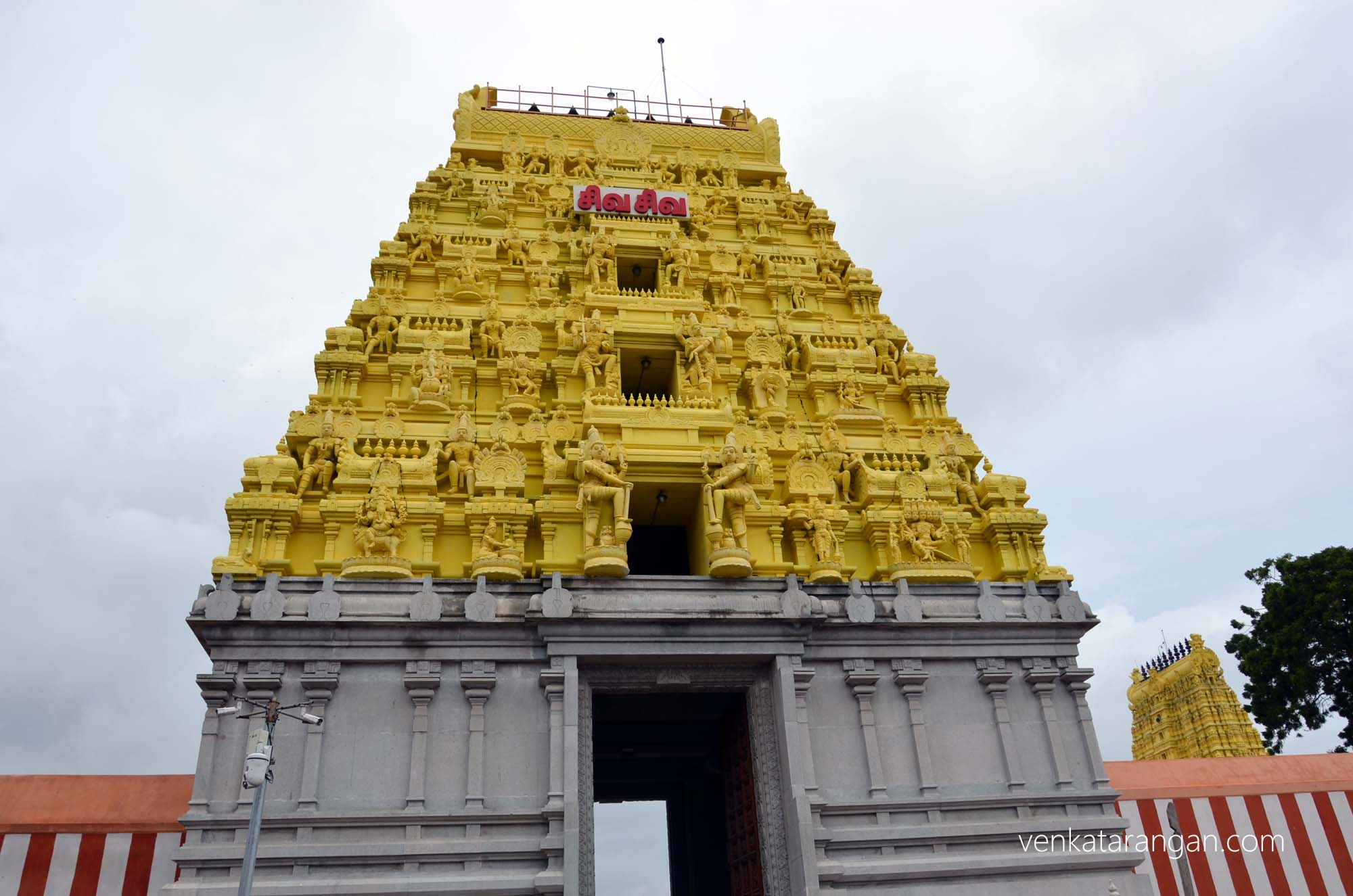South tower of Ramanathaswamy Temple