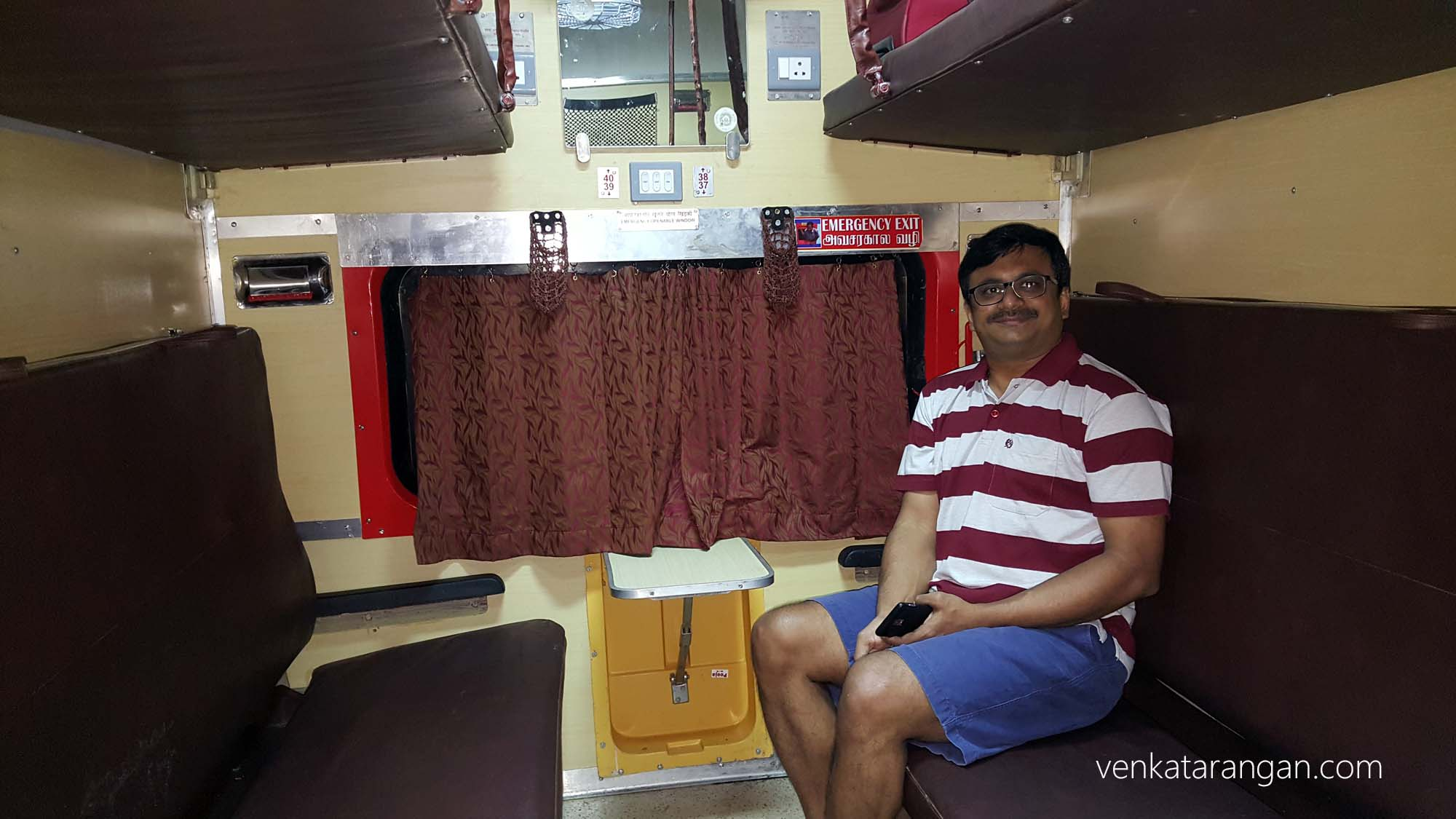 Second AC coaches - Faizabad Express