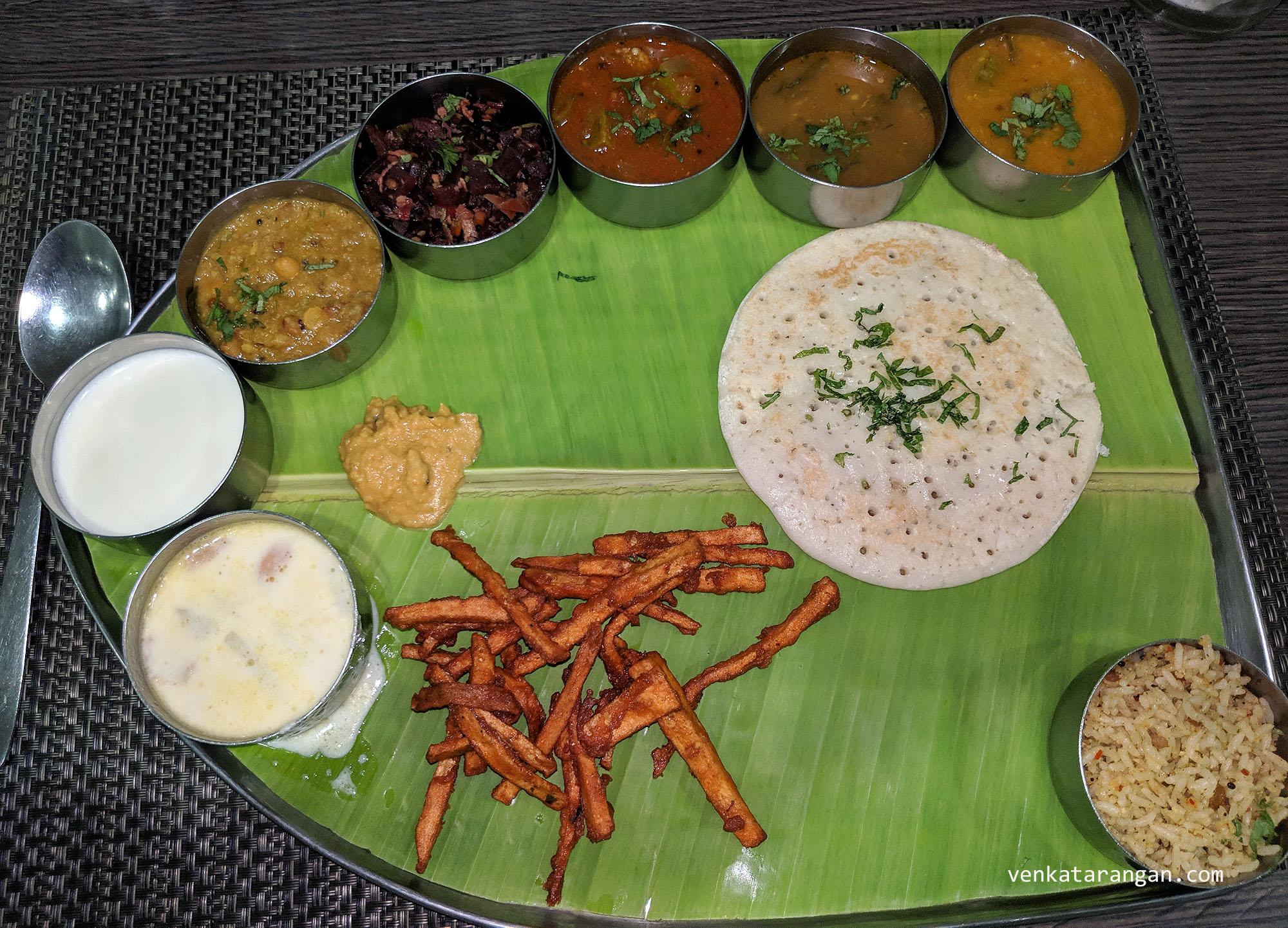 The South India Vegetarian Thali Meal (தென்னிந்தியா சைவ சாப்பாடு) that I had in GRT Regency, Tiruttani (திருத்தணி)