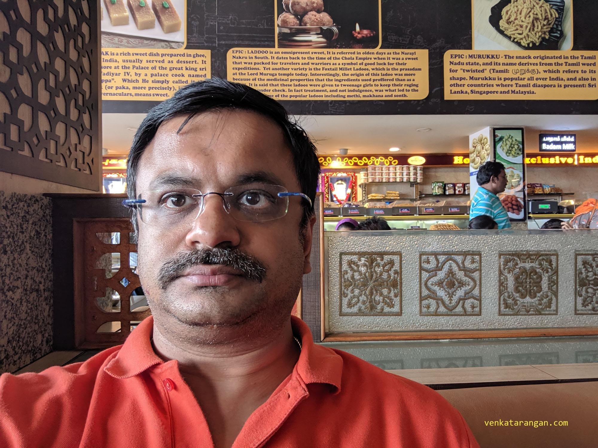 venkatarangan eating in A2B, Buransemedu, Arcot