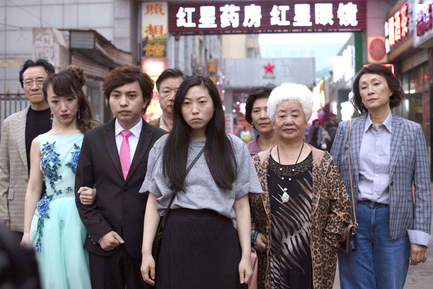 (from the left) Jiang Yongbo, Aoi Mizuhara, Chen Han, Awkwafina, Lu Hong & Diana Lin