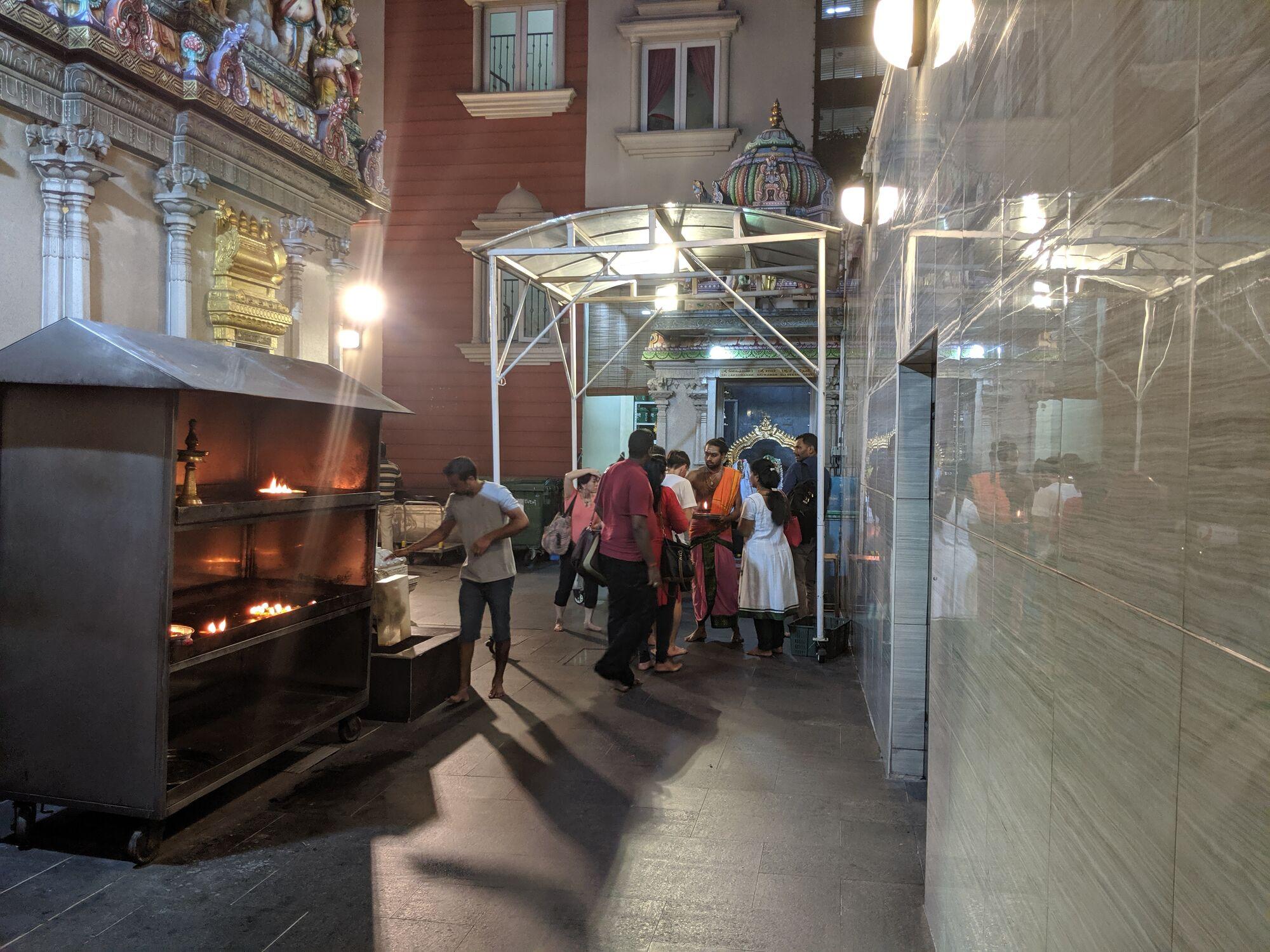 மற்ற சந்நதிகள் - ஸ்ரீ லெக்ஷ்மணர், ஸ்ரீ ராமர், ஸ்ரீ சீதா தேவி