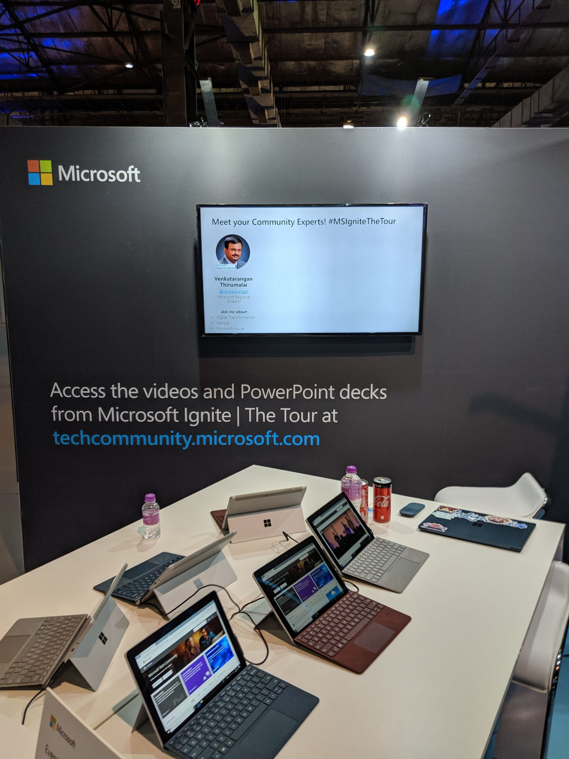 In the Microsoft Community booth, attendees could meet up with Microsoft MVPs and RDs - The Community Partners