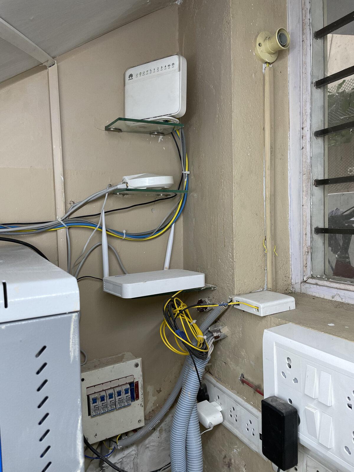 Hathway Modem/Router, Airtel Modem/Router, TP-Link Deco Router/Base