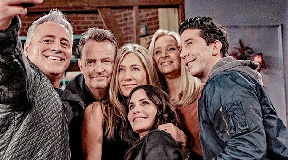 Friends: The Reunion Selfie - Jennifer Aniston, Courteney Cox, Lisa Kudrow, Matt LeBlanc, Matthew Perry and David Schwimmer.