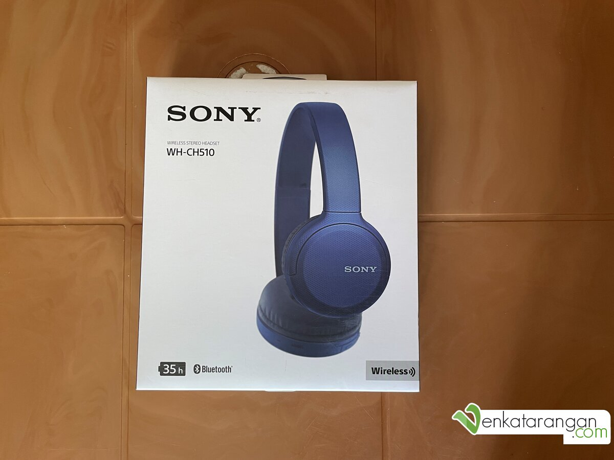 Outer view of Sony WH-CH510 Wireless Headphones