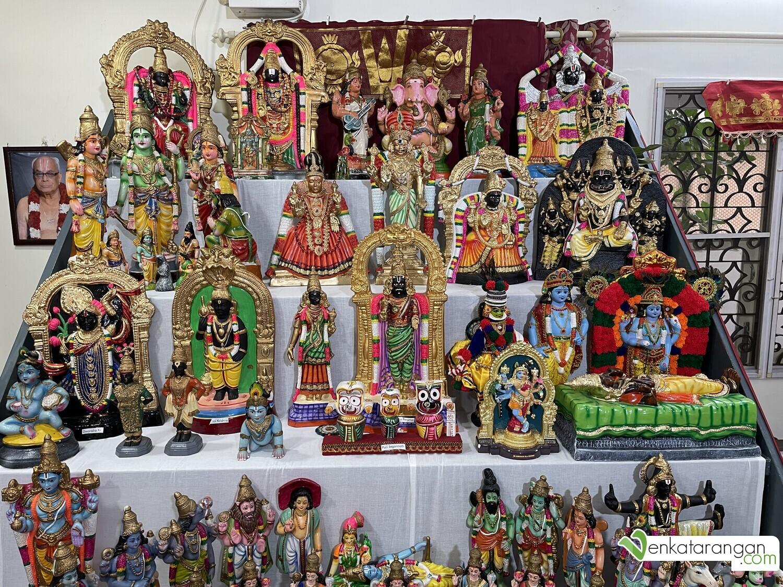 Seen above: Saraswathi, Ganesa, Lakshmi & various prominent incarnations of the protector God Vishnu